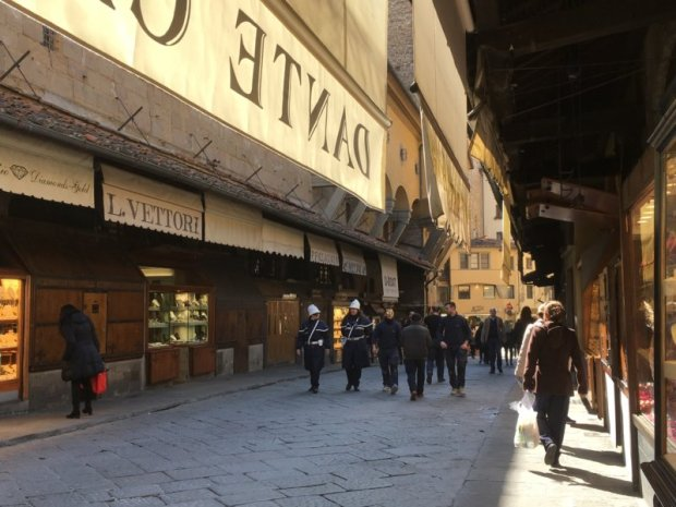 Ponte Vecchio gold shops and walkers
