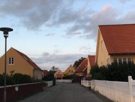 Skagen street and yellow houses