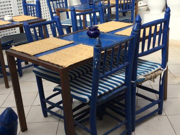 Places to visit in Essaouira, blue cafés