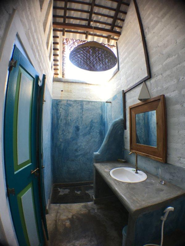 Villa Kalpitiya bathroom