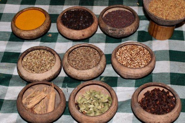 Sri Lankan curry ingredients