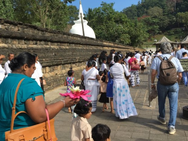 Going to ceremony, Temple of the Tooth