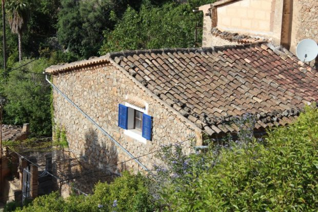 Deia stone house, Serra de Tramuntana