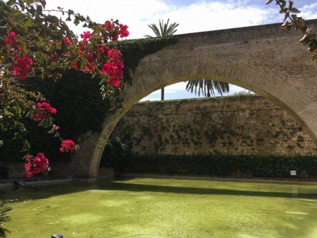 Palma city wall and Arc de la Drassena, Palau d'Almudaina