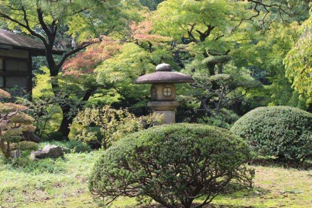 Walks in Old Tokyo: Koishikawa Korakuen Garden