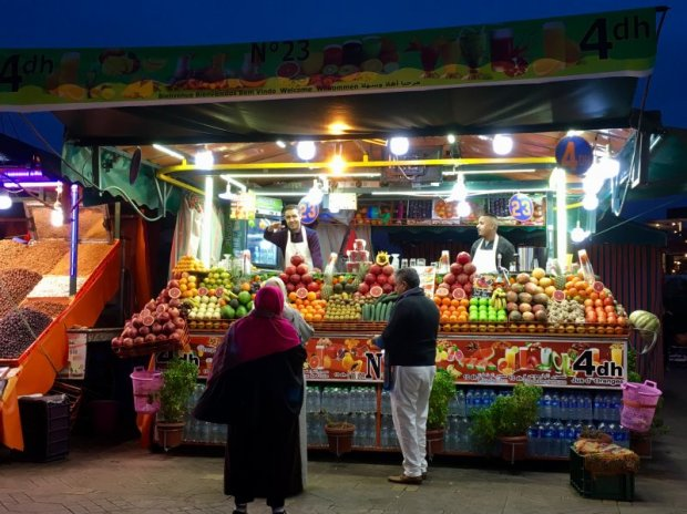 Evening fruit stalls, Jemaa el-Fna