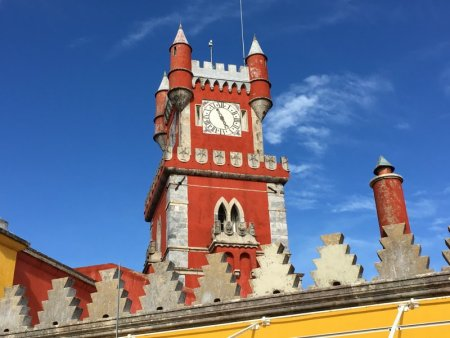 Palaces of Sintra by bus: the Palace of Pena