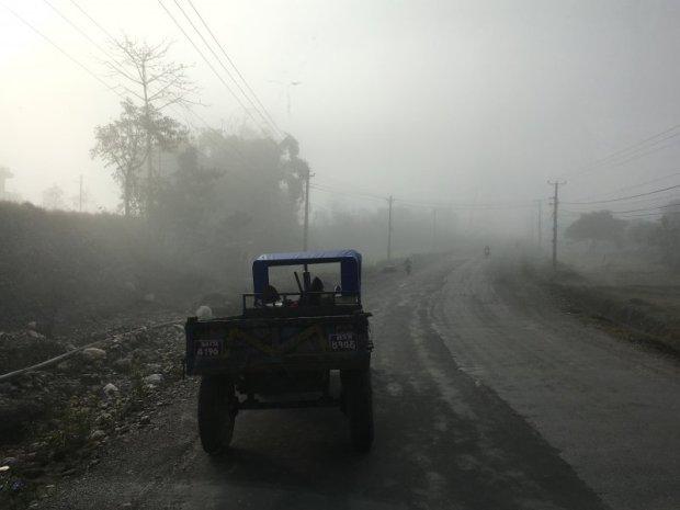 Travel in Nepal: Pokhara to Kathmandu on a misty morning