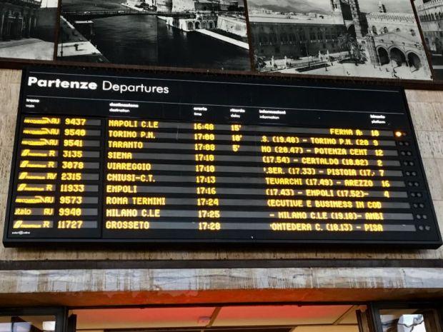 Firenze Santa Maria Novella departing trains