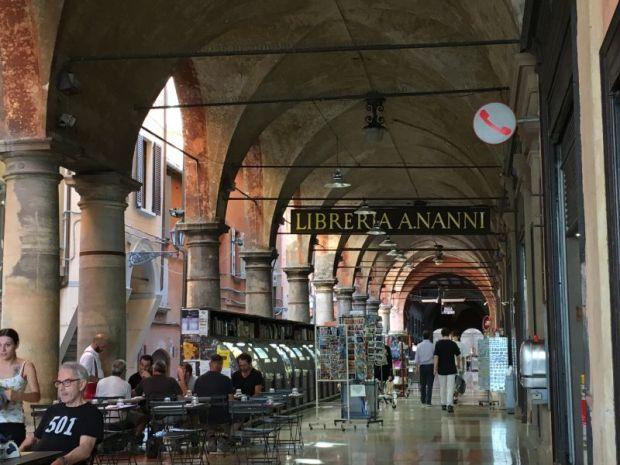 Portico della Morte, Bologna