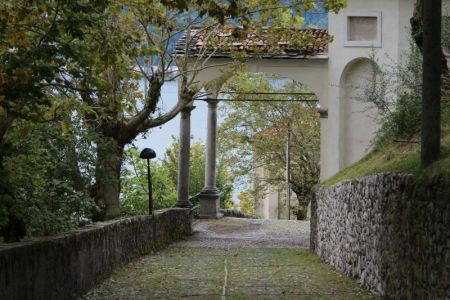 Steep uphill path to Sacro Monte di Ossuccio