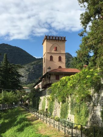 Tremezzo, Italy: Lake Como Greenway walk