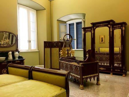 Visiting Villa Carlotta interiors, Tremezzo