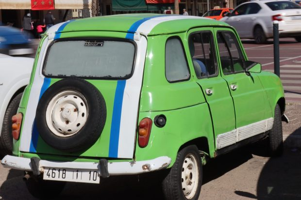 A green Renault