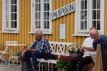 Mannfolkparkering at Henningsvær, Lofoten