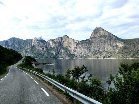 The scenic route of Senja