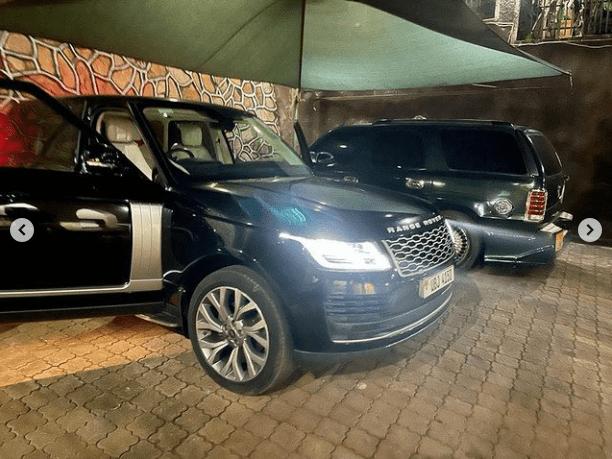 Range Rover parked at Jose Chameleone's home