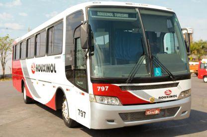 Ônibus M. Benz 2007 - 48 lugares - Busscar