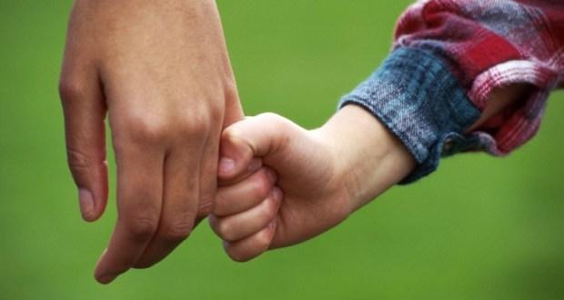 Bimbo di due anni tolto alla madre a Rovato