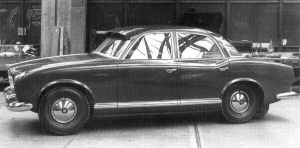 Rover P5 and P5B Development: Rover P5 Prototype 1954