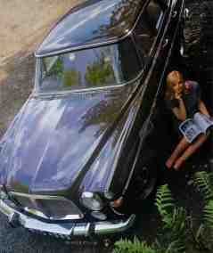 Brochure---1968---Rover-3½-Litre---Image---Brown-Saloon-And-Woman