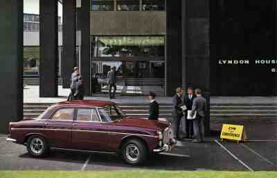 Brochure---1968---Rover-3½-Litre---Image---Red-Saloon-At-Lyndon-House,-62-Hagley-Road,-Birmingham-B16-8PE