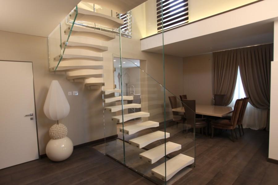 Roversi Scale  Progettazione e realizzazione di scale