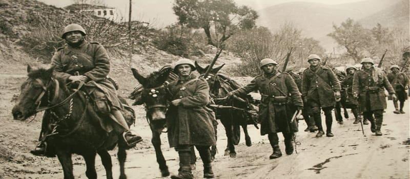 Γιατί οι Ελληνες αφέθηκαν να πολεμούνε μόνοι τους - Μέρος 1ο