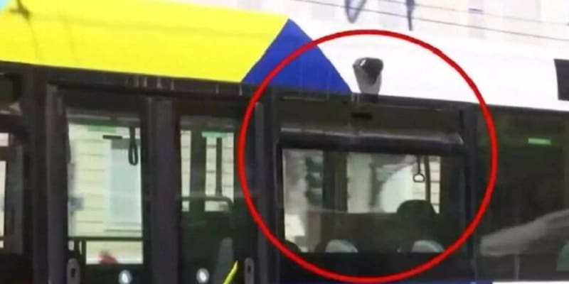 Δεν έχουν παράθυρα τα νέα λεωφορεία που κυκλοφορούν