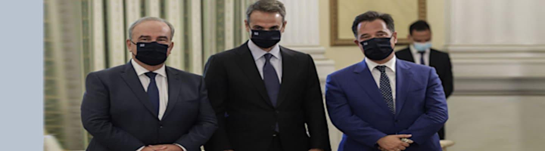 Είσαι ΝΔ; Ανέβασε στο Facebook μια φώτο με μάσκα