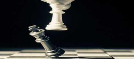 Η εξίσωση της αδικίας (της Λιάνας Κανέλλη)