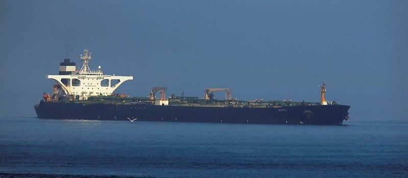 Ιράν: Στέλνει 5 τάνκερ με πετρέλαιο στη Βενεζουέλα και προειδοποιεί τις ΗΠΑ