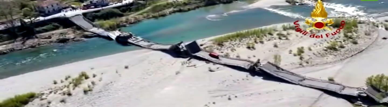 Κατέρρευσε (ξανά) γέφυρα σε πολυσύχναστο δρόμο της Ιταλίας