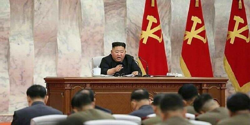 ΛΔ Κορέας: Πρώτο ύποπτο κρούσμα κορωνοϊού – Σε λοκντάουν μεθοριακή πόλη