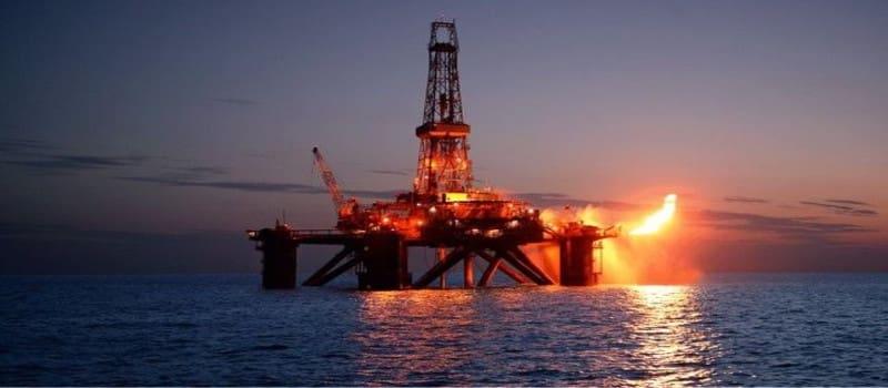 Με ένα σφηνάκι πετρέλαιο τα έχεις δει όλα