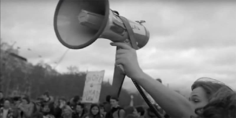 Ναζίμ Χικμέτ: Φοβούνται την ελπίδα (Δεν μας αφήνουν να τραγουδάμε)