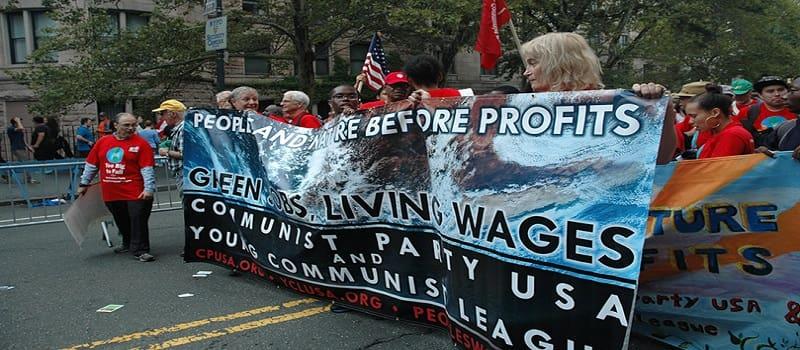 Ο Σοσιαλισμός κυριαρχεί στους νέους για πρώτη φορά στις ΗΠΑ
