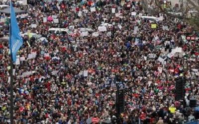 Πορεία 177 χιλιομέτρων έκαναν οι εκπαιδευτικοί στις ΗΠΑ