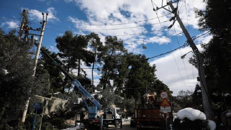 Προκαλεί η κυβέρνηση τις χιλιάδες οικογένειες που παραμένουν για 4η μέρα χωρίς ρεύμα