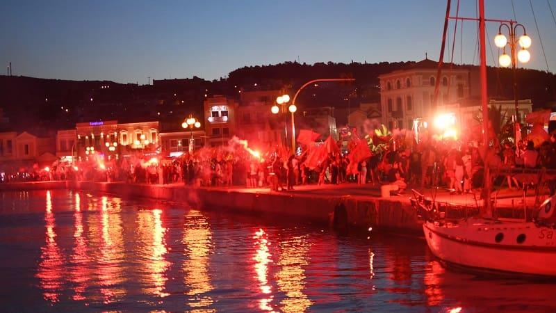 «Σε Ελλάδα και Τουρκία ίδιος ο εχθρός ΝΑΤΟ - κυβερνήσεις - καπιταλισμός!»