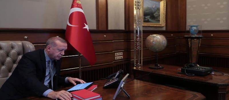 Σε γενική επιστράτευση οι Κούρδοι - Κάλεσμα αντίστασης στην τουρκική εισβολή