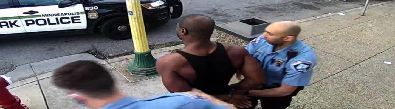 Σε «υπερβολική δόση ναρκωτικών» αποδίδουν το θάνατο του Φλόιντ οι δικηγόροι του φονιά