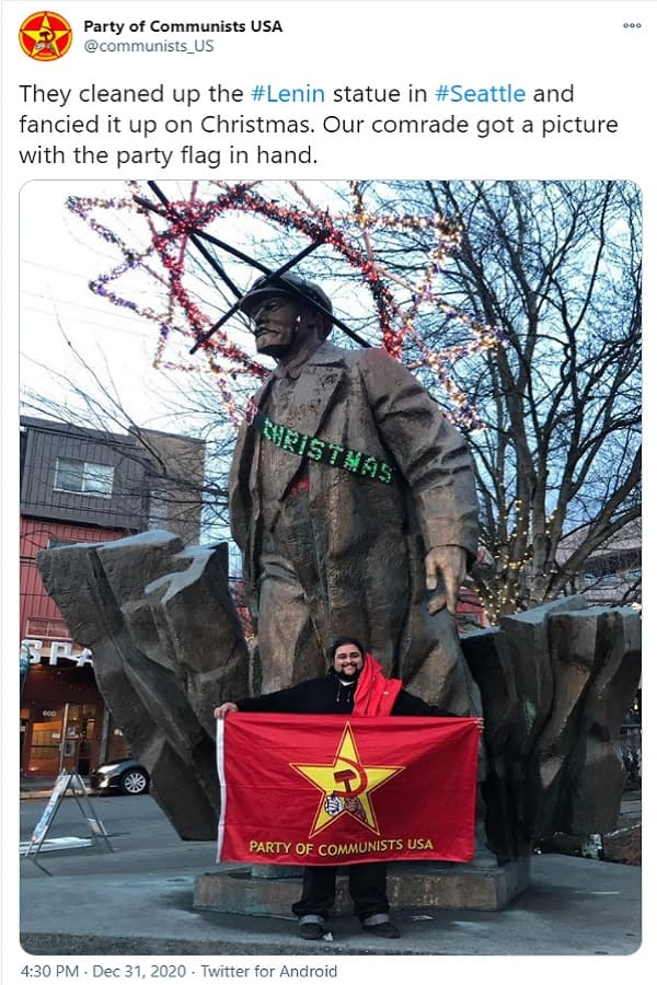 Σιάτλ: Διακόσμησαν το άγαλμα του Λένιν μέλη του ΚΚ ΗΠΑ