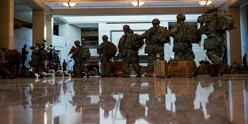 Στρατώνας η έδρα της «αμερικάνικης δημοκρατίας»