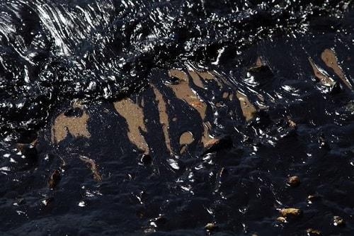 Σαρωνικός πετρελαιοκηλύδα