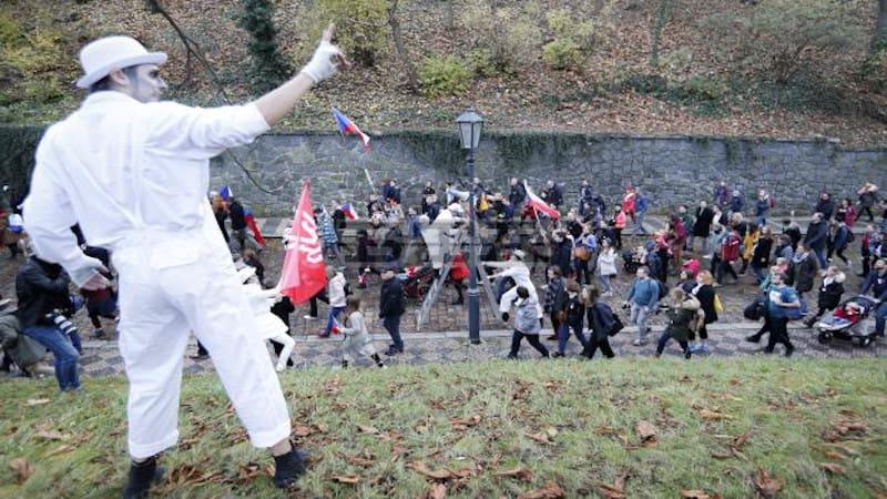 Τσεχία: Όταν το αντικομμουνιστικό παραμύθι δεν έχει δράκο
