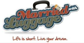 Married with luggage Logo