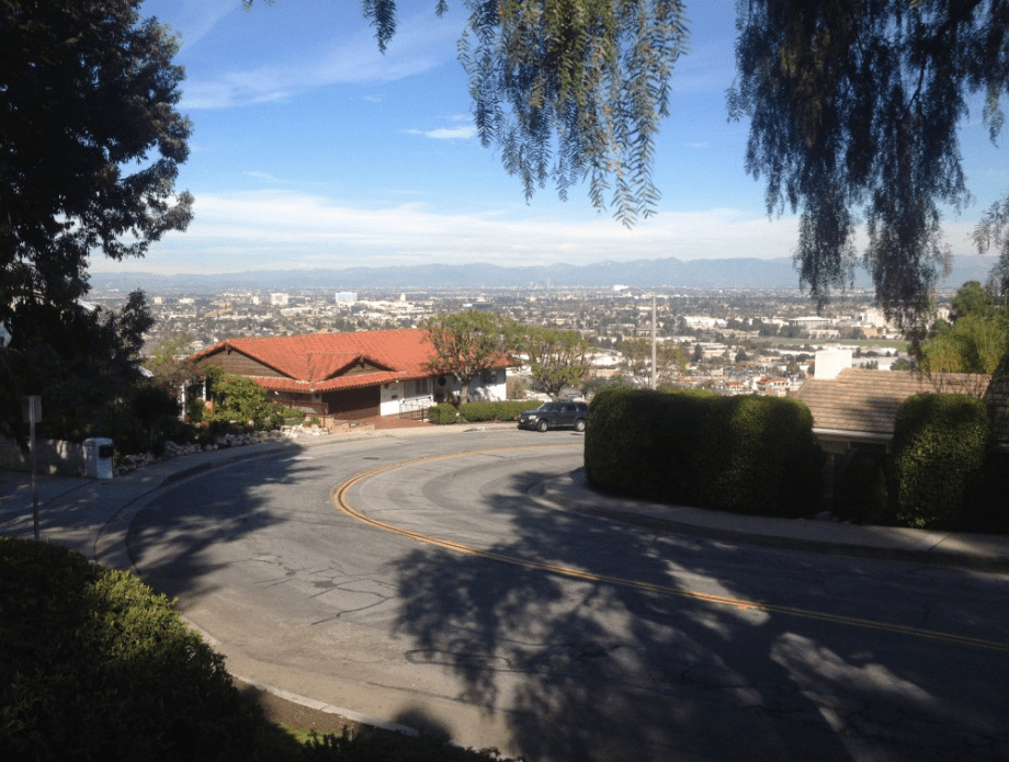 Windy roads and hills in Los Angeles from Palos Verdes