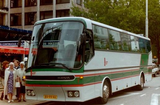 RET Evenementenvervoer, bus 1, een gehuurde BOVA van BOVATOURS. Coolsingel