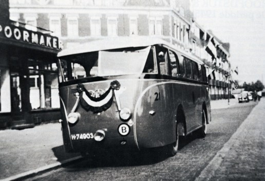 Bus 21, (ex MEGGA), Kromhout-Verheul, Rochussenstraat, 1946